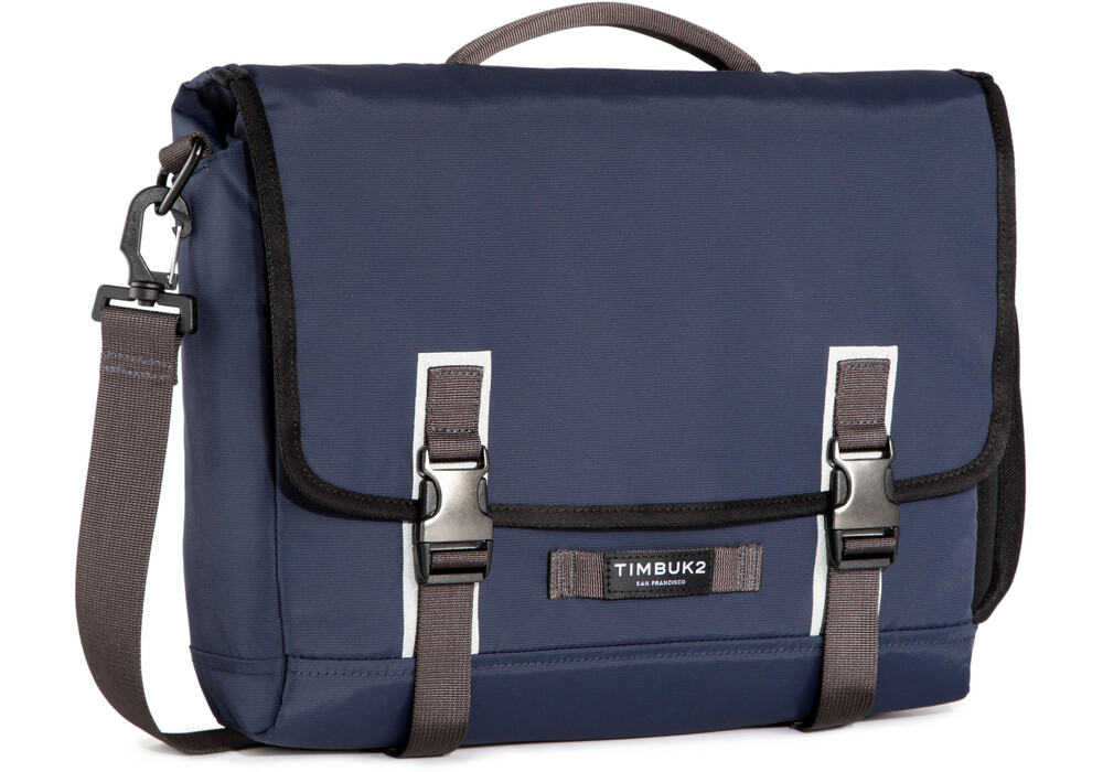 timbuk 2 case study Top rated gear: timbuk2 tuck pack, polyester, black mfr:  bags & cases   a classic roll top that will take you from studying to cycling to.